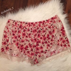 Express One Eleven floral lace trim lounge shorts